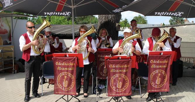 Blasmusiksause für die Gäste des Letschiner Landhauses Treptow