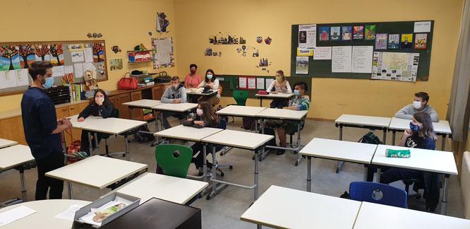 Einführung in die Verhaltensregeln und Hygienevorschriften in der 3a-Klasse.