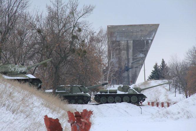Viele Denkmäler erinnern in der Ostukraine an die mit Russland gemeinsame sowjetische Geschichte