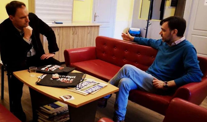 Yevhen Fedchenko, Direktor an der Journalistischen Fakultät der renommierten Kyjiwer Mohyla Akademie im Gespräch mit Dietmar Pichler von Borsh.eu