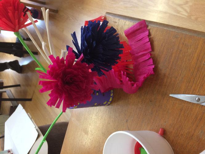 Tageswerk von Lina und Marie - Blumen!!!