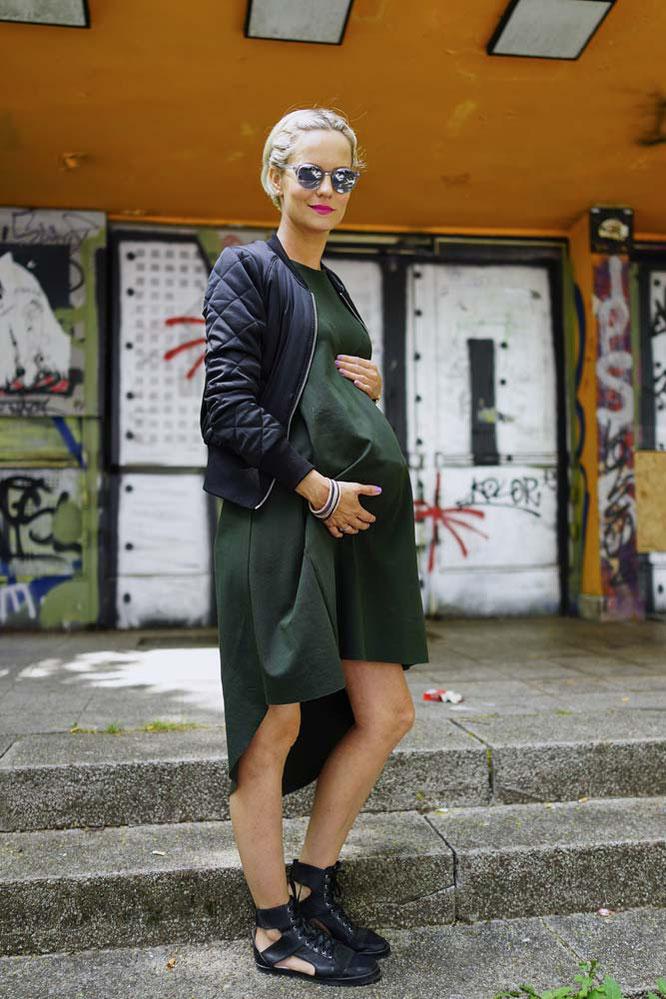 OOTW: Umstandsmode grünes Kleid, schwarze Bomberjacke