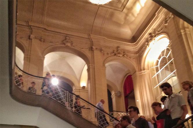 Bild: Halle in der Komischen Oper, Berlin
