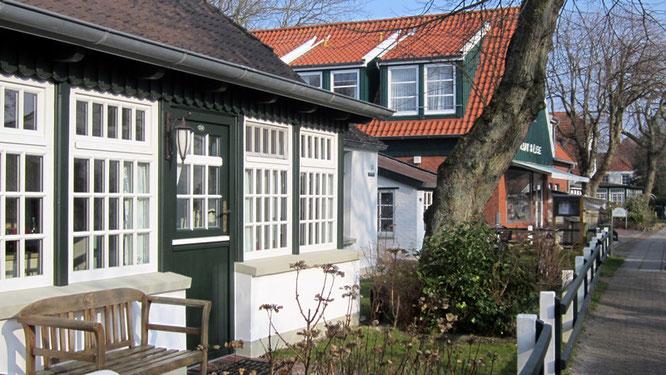 Typische Fassaden auf Spiekeroog