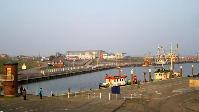Der Hafen von Bensersiel