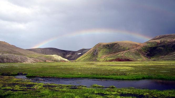 Regenbogen im Hochland