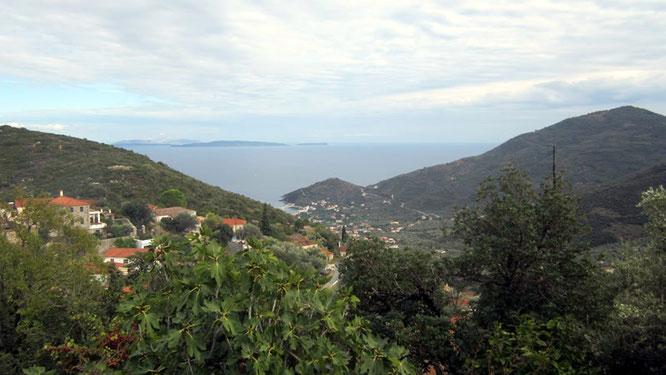Ausblick von Ano Tyros auf die Bucht