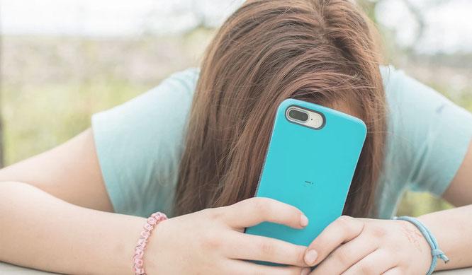 Was hat FOMO mit Smartphones zu tun?