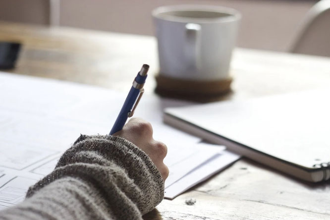 Schreibschule: Passende Überschriften finden