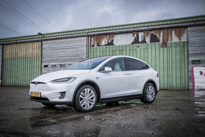 Tesla X P100D