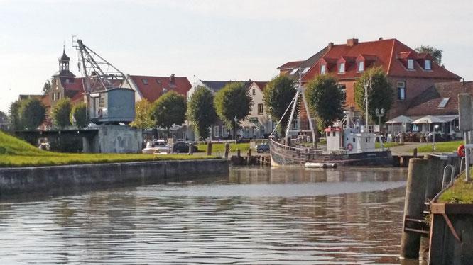Malmotiv Tönninger Hafen, Foto: Max Höppner