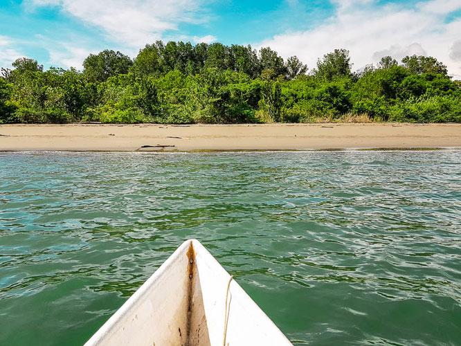 Puerto-Jiménez-costa-rica-reiseblog-camesawtravelled-travelblog-beach
