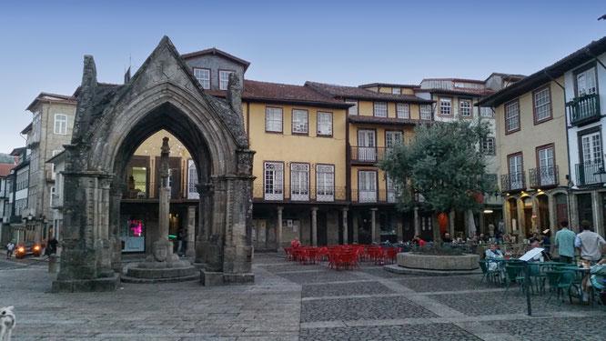 Largo da Oliveira, Guimaraes, Portugal, Minho