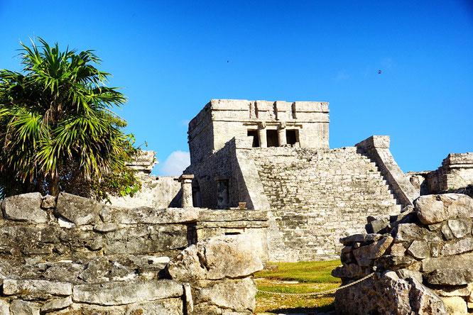 tulum-el-castillo-das-schloss-mayastaette-maya-mexiko-reiseblog-deutsch