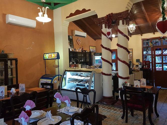 Im Casa Austria, Camagüey, gibt's Wiener Kaffeehaus - Flair