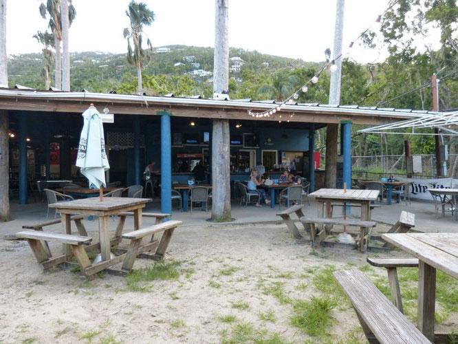 Die Beach Bar bei Hull Bay Beach, St.Thomas