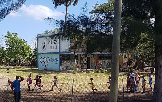 "Auf der Wand steht in großen Lettern ""Yo soy Fidel"""