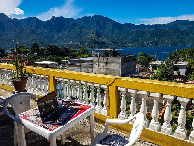 digitaler-nomade-guatemala-sanpedrolalaguna-atitlan-reiseblog-camesawtravelled