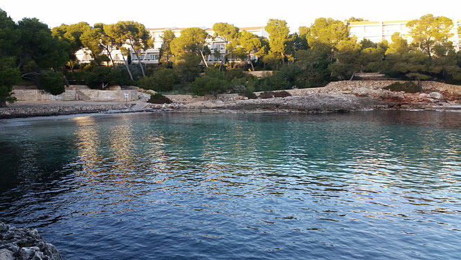 Die Bucht Caló de sa Torre bei Portopetro, Mallorca, Cala d'or