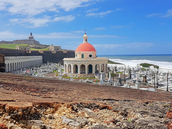 Cementerio Santa María Magdalena de Pazzis, San Juan
