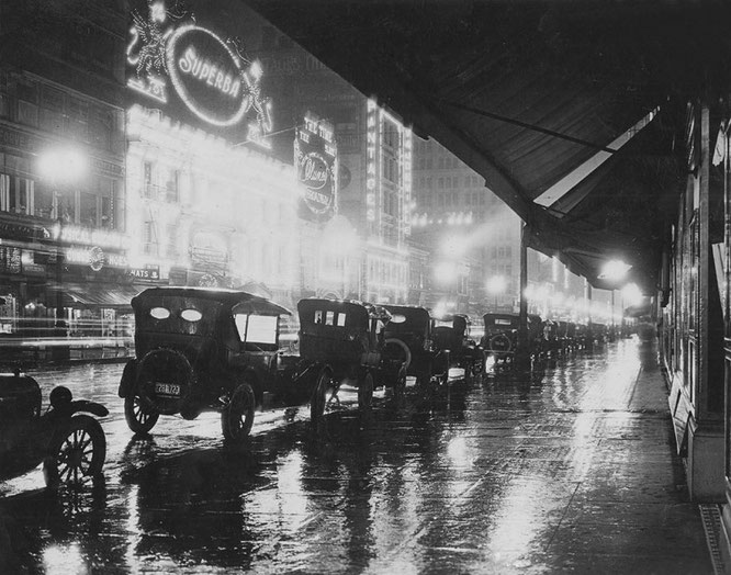 Los Angeles at night, 1920. Underwood & Underwood - The New York Times photo archive
