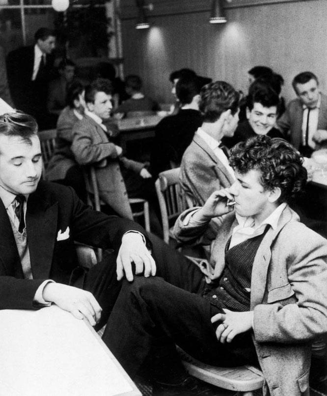 1950年代のイギリスのテディ・ボーイ。