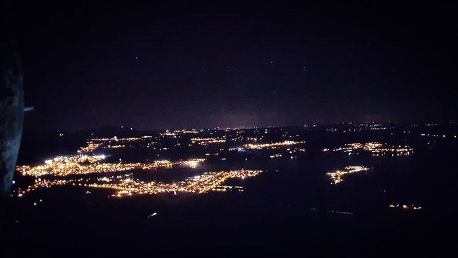 Ausblick bei Nacht über Füssen, Schwangau, Österreich, Schloss Neuschwanstein, Wanderung