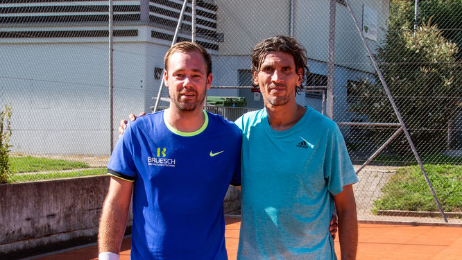 Herren Einzel: Clubmeister Ivan (rechts) mit dem Zeitplatzierten Nando