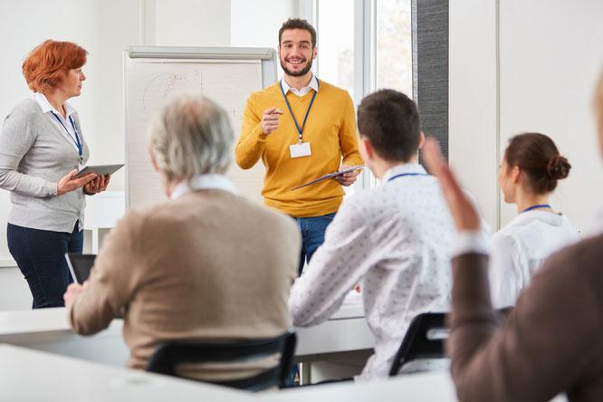 Seminar; Meeting; Gruppe; Coaching; Inhouse; Unternehmen; Führungskräfte; Visualiesieren