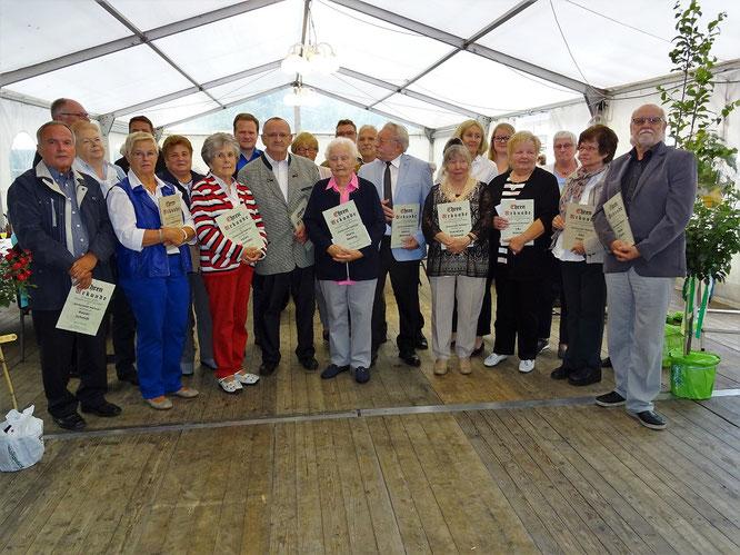 Ehrungen für zum Jubiläum 40 Jahre Gartenstadt Waltrop
