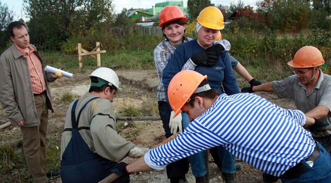 """""""Прогрессивное"""" строительство Зала Царства в моём родном городе"""