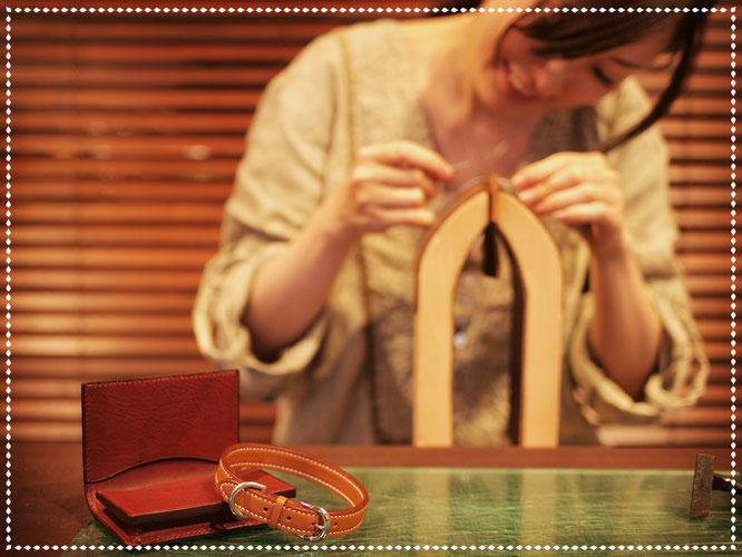 東京・横浜・大阪にあるレザークラフト(革)教室ヨコハマセリエ 生徒さんの手縫い様子