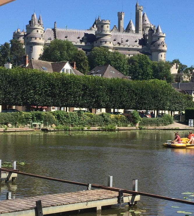 vacances-campagne-gite-oise-tourisme-picardie-hauts de France-gite de France-pêche-parc de loisirs-châteaux-forêts-rando-vélo-famille-balade-oisillon