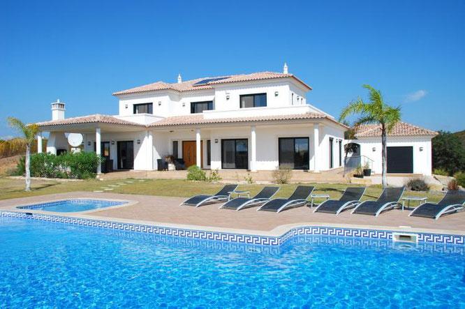 Te huur vakantiewoning Vila Nova de Cacela - Algarve - Portugal 12 personen, met internet en zwembad