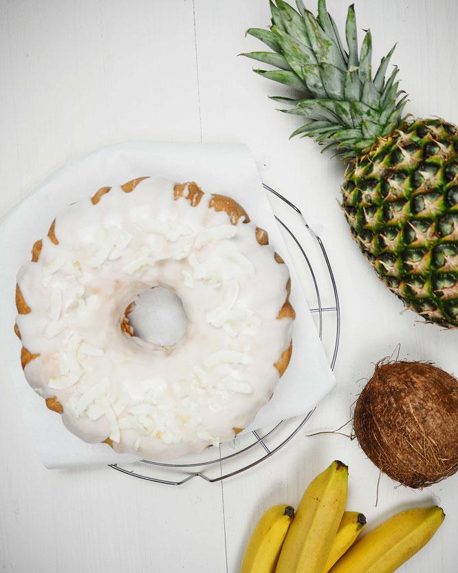 Ananas-Kokos-Kuchen aka Pina Colada Gugelhupf