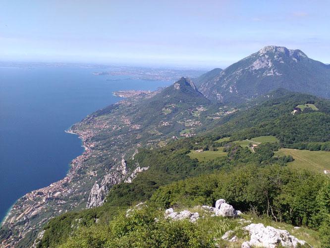 Lago di Garda e Monte Pizzoccolo da Cima Comer