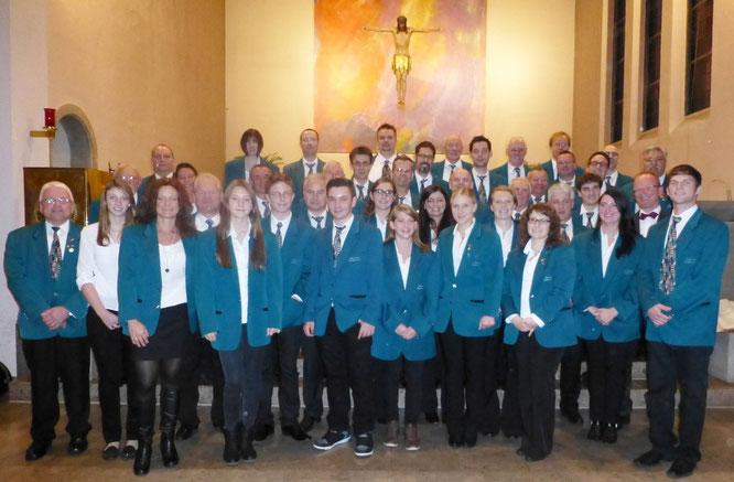 2013 - Blasorchester beim Kirchenkonzert