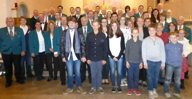 2015 - Jugend- und Blasorchester beim Konzert in St. Josef
