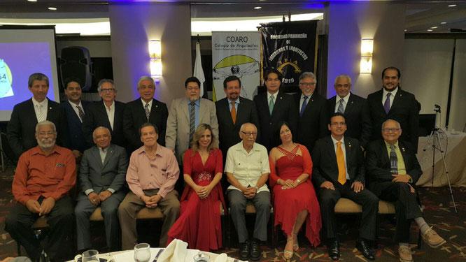 Director COARQ junto a ExDirectores COARQ en la Gala de Aniversario #64.