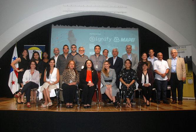 """Comisión organizadora del Ier Congreso Internacional de Patrimonio """"500 años de Ciudad Sensorial""""."""