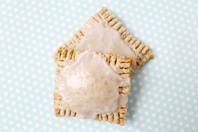 healthy homemade poptarts! - by homemade nutrition - www.homemadenutrition.com