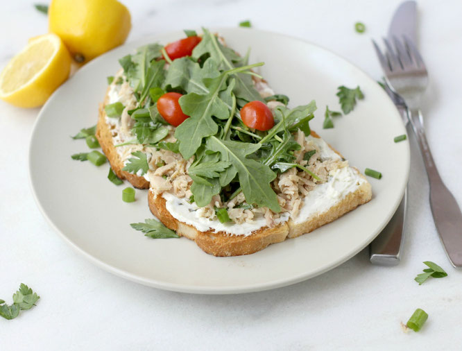 Open-faced garden tuna sandwiches are a delicious, light summer lunch or dinner! #ad - www.homemadenutrition.com