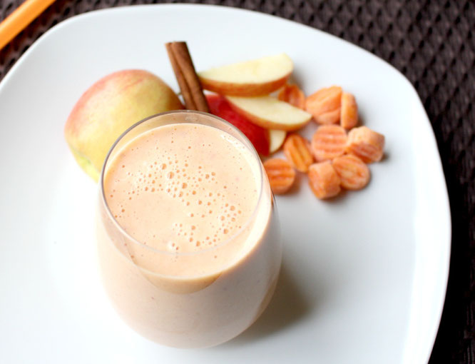 Beautiful apple cinnamon carrot smoothie that tastes like a dreamsicle or orange sherbet! - so healthy! - by homemade nutrition - www.homemadenutrition.com