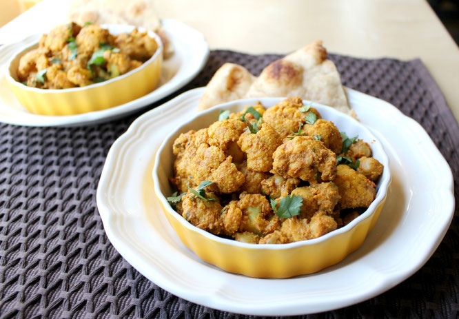 simple, healthy one skillet cauliflower and chickpea curry!  The flavors are so beautiful in this vegetarian dinner, and it's ready in about 30 minutes! - by homemade nutrition - www.homemadenutrition.com