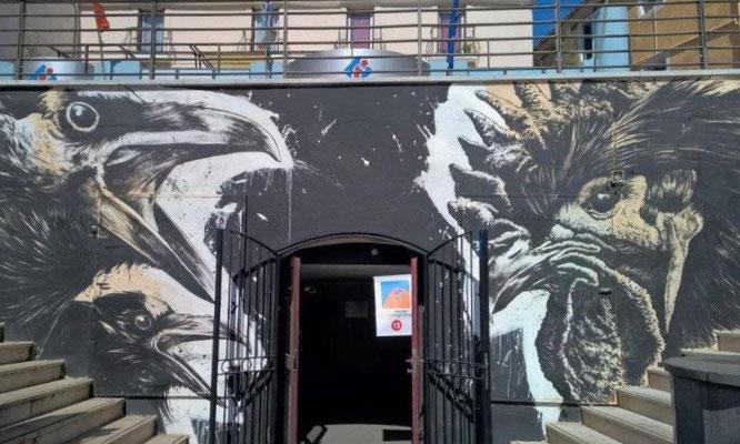 Großflächiges Graffito beim Doppel-Treppenaufgang zur Grande Rue Mario Roustan, Sete. © 2016 Reinhard A. Sudy