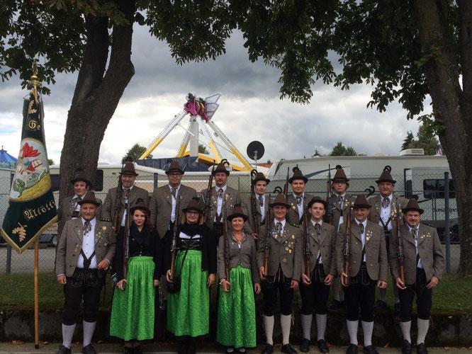 Unserer Salutabordnung beim 150. Mühldorfer Traditionsvolksfest