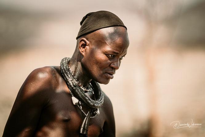 verheirateter himba mann epupa kaokoveld namibia