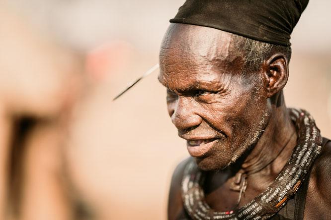 faces of namibia himba chief epupa falls