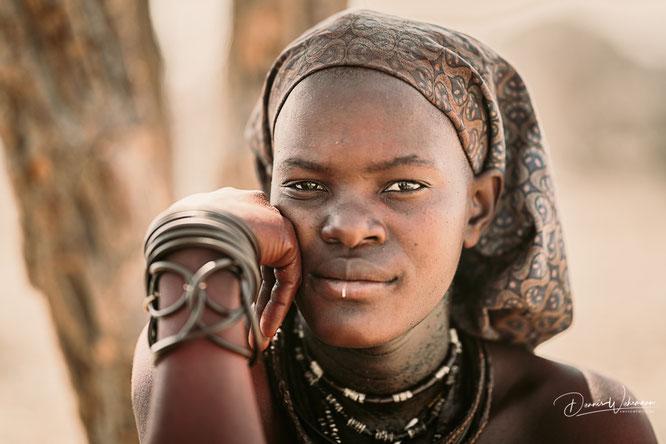 himba women epupa falls kaokoveld namibia