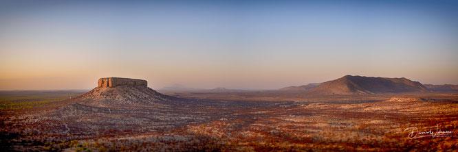 nikon z7 35mm panorama fingerklip namibia - sonnenaufgang